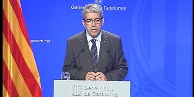 """El govern suspèn """"temporalment"""" la campanya del 9-N, però avisa que """"el procés continua"""""""