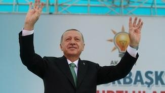 Erdogan denuncia que Turquia és víctima d'una guerra comercial