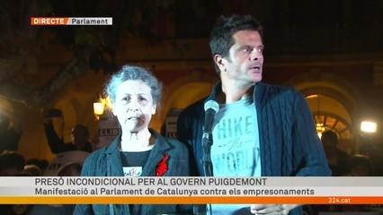 Lectura del manifest contra l'empresonament del govern Puigdemont