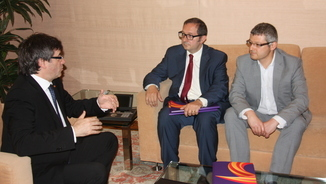 El president de la Generalitat es reuneix amb el president i el vicepresident de Societat Civil Catalana, Rafael Arenas i Joaquim Coll (ACN)