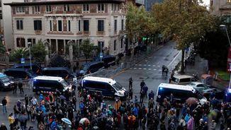 L'incident va passar a la delegació del govern espanyol (Reuters)