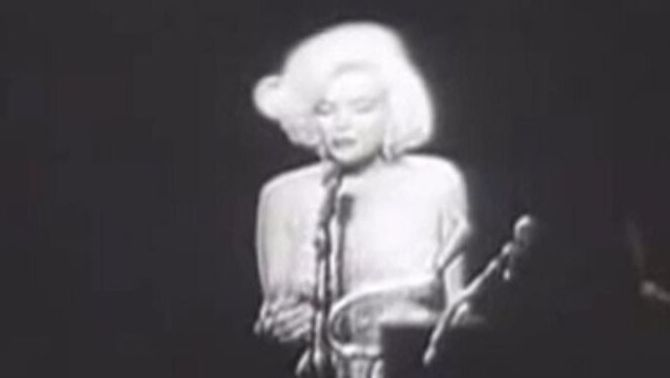 "Marilyn Monroe quan va cantar el ""Happy birthday to you"" al llavors president dels Estats Units, John F. Kennedy"