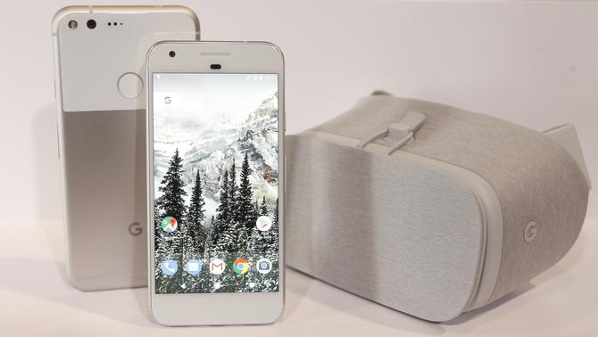 """Google vol seduir els usuaris d'iPhone amb l'""""smartphone"""" Pixel"""
