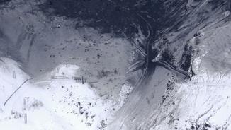 Estació d'esquí de Gunma, al Japó, després de l'allau provocada per l'erupció del volcà (Reuters)
