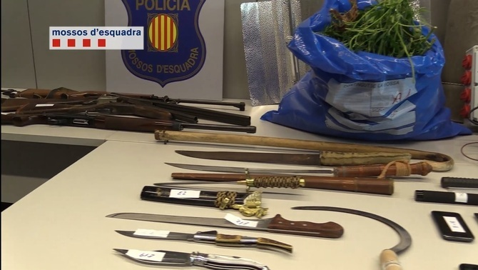 Detenen sis membres d'un clan familiar pel segrest d'una dona al Prat de Llobregat