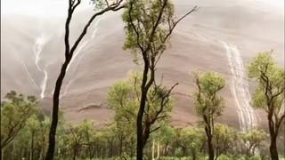 Salts d'aigua a Uluru