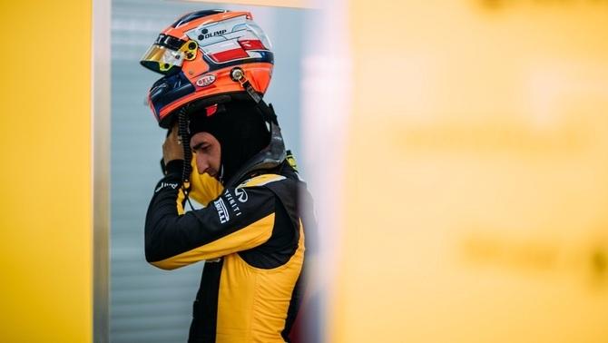 Robert Kubica al circuit de Xest (Foto: @RenaultSportF1)