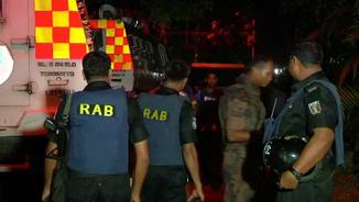 El batalló d'acció ràpida, fora del restaurant que ha atacat Estat Islàmic