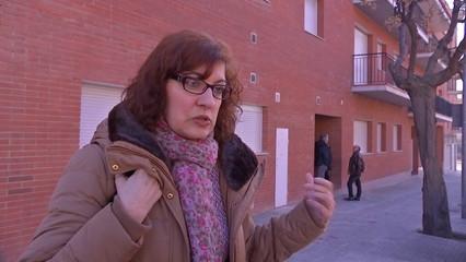 Sense llum i amb un deute de 5.000 euros, tot i haver pagat els rebuts a l'administradora de la finca