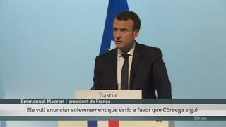 Macron només concedeix una menció a Còrsega dins la Constitució