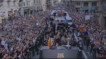 Rua multitudinària per celebrar la Champions