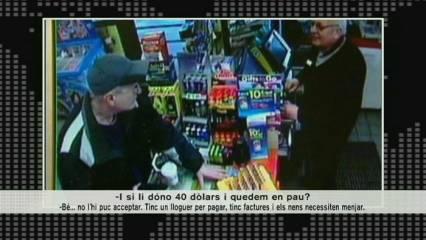 Un lladre educat roba en una benzinera