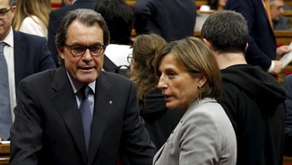 Artur Mas i Carme Forcadell, fa un any al Parlament (Reuters)