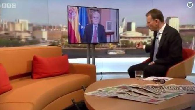 """El ministre Dastis diu a la BBC que moltes de les imatges de l'1-O són """"fake news"""""""