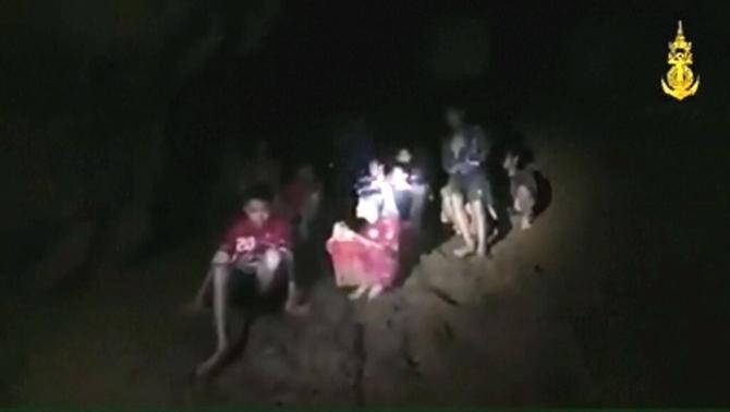 Resultat d'imatges de cova thailandia