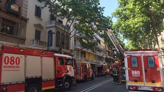 Mor una dona de 93 anys en un incendi en un pis al passeig de la Bonanova de Barcelona