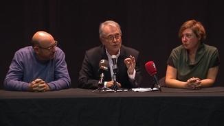 La taula presidencial, en la lectura del manifest a favor de recuperar la Federació Catalana del PSOE