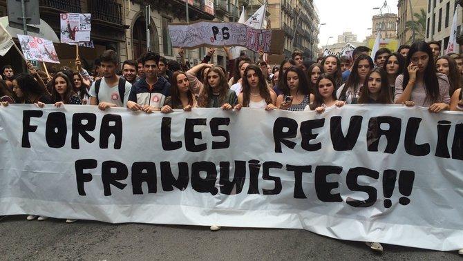 Els estudiants de Secundària es manifesten contra les revàlides de la LOMCE