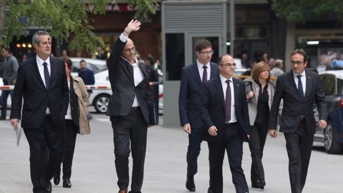 """Puigdemont als Jordis i consellers cessats: """"Feu el que calgui per sortir de la presó"""""""