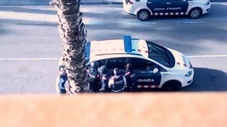 Els Mossos alliberen una dona retinguda en un pis de Salou