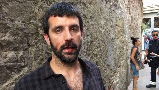 La Policia Nacional obre expedient a un agent per l'agressió a Jordi Borràs