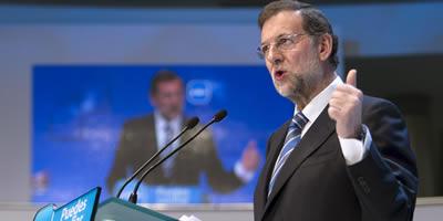Rajoy proposa bonificacions del 100% per a les pimes que contractin joves i dones