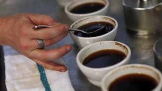 Tasses de cafè en un establiment de Williamsburg, un barri de Brooklyn, a Nova York (Reuters)