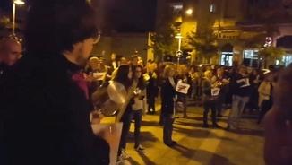 Diversos veïns fan sonar les cassoles aquest dijous al vespre a Sant Quirze del Vallès
