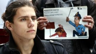 Campanya de suport al noi que va rebre un cop de porra dels Mossos el 2012 a Tarragona