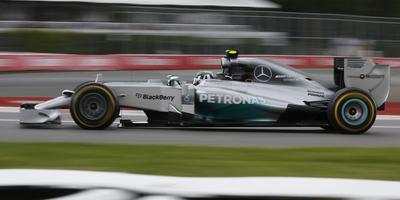 """Rosberg aconsegueix la """"pole position"""" del G. P. del Canadà amb una errada de Hamilton en l'última volta"""