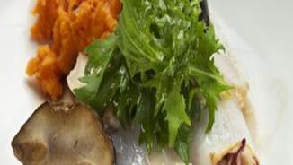 Calamarsets amb pa de porc, moniato i ceps
