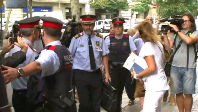 Els Mossos temen que l'ordre de fiscalia de precintar col·legis generi desordres públics