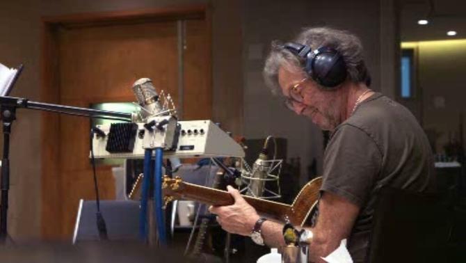 Eric Clapton diu en una entrevista que s'està quedant sord i que té problemes a les mans