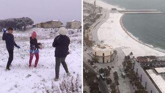 Jugant amb la neu a Sils i la platja de Barcelona nevada