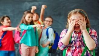 """""""La veu de l'experiència"""": joves de l'IES Les Corts parlen de la seva experiència amb el """"bullying"""""""
