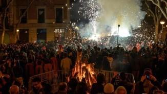 Els foguerons de Sant Antoni a Gràcia
