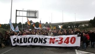 Una de les manifestacions per reclamar una solució per a l'N-340