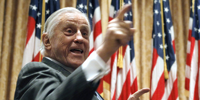 "Mor el llegendari editor de ""The Washington Post"" Ben Bradlee"
