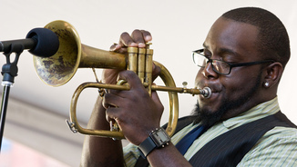 "Via Jazz Novetats: Eric Revis ""Crowded Solitudes""/Marquis Hill:""The Way We Play"""