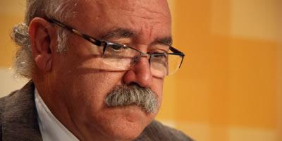 Una crisi cardíaca porta un altre cop Josep-Lluís Carod-Rovira a l'hospital