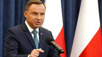 El president de Polònia, Andrzej Duda, anunciant el veto (Reuters)