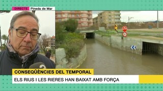 Pineda de Mar (Maresme) s'ha quedat sense passeig i els passos subterranis estan inundats