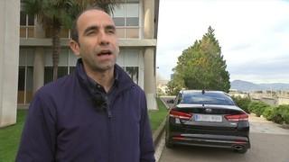 Uber torna a Barcelona amb llicències de conductor professional