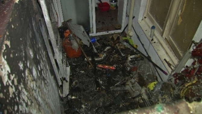 Un incendi a Sant Adrià de Besòs obliga a desallotjar 10 famílies