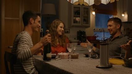 Cap 38 - El millor moment: el sopar del Bruno amb el Pol i la Tània