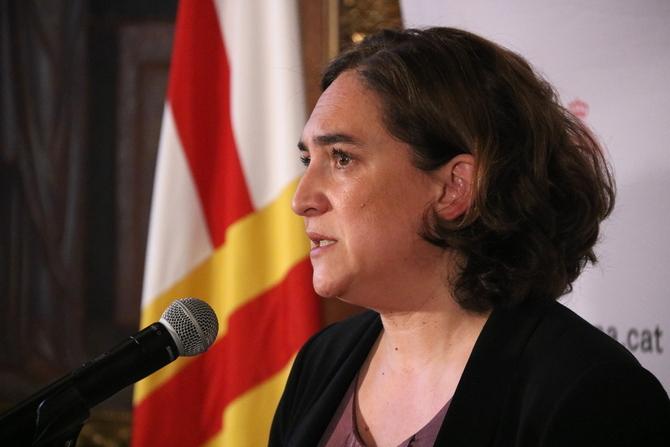 """Colau s'ofereix a col·laborar amb l'Estat i la Generalitat perquè """"es consolidi"""" una nova etapa de """"diàleg i distensió"""""""