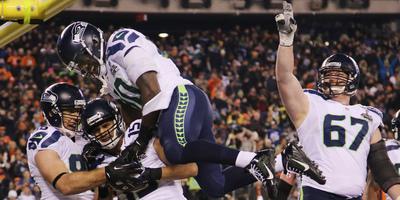 Els Seattle Seahawks apallissen els Denver Broncos (43-8) i guanyen la seva primera Super Bowl