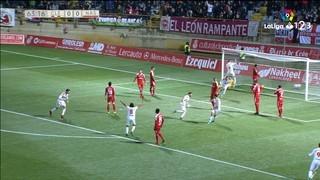 El Nàstic perd al camp de la Cultural Lleonesa (2-0)