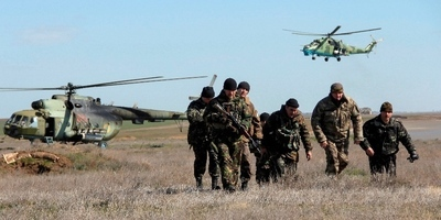 Un militar ucraïnès mort i un altre de ferit a Crimea en l'assalt a una unitat