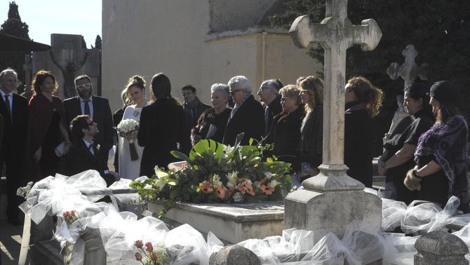 """L'Àgata i en Dimas es casen, a """"La Riera"""""""